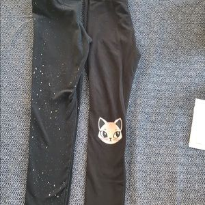 Pair of cute leggings. Pink 🐱 and black sparkle